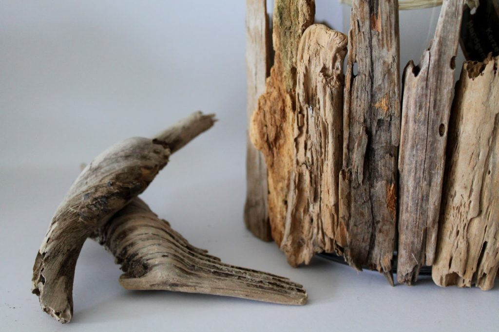 DIY, Basteln: Treibholzwindlicht als Geschenkidee und Wohndekoration - DIYCarinchen