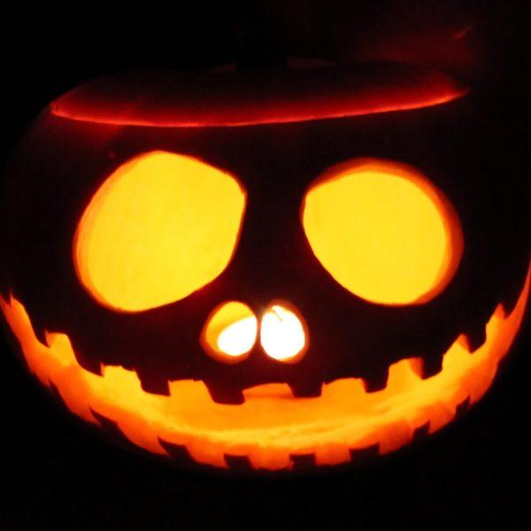 DIY Halloween Kürbis ganz einfach selber machen