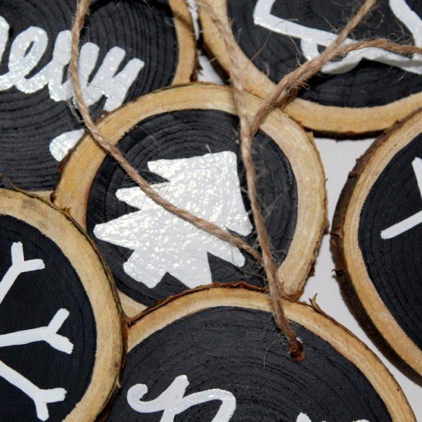 DIY Tafellack Astscheiben als Weihnachtsanhänger oder Christbaumanhänger einfach selber machen