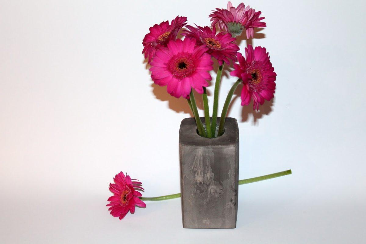 DIY Gips / Betonvase einfach selber machen - wunderschöne Deko