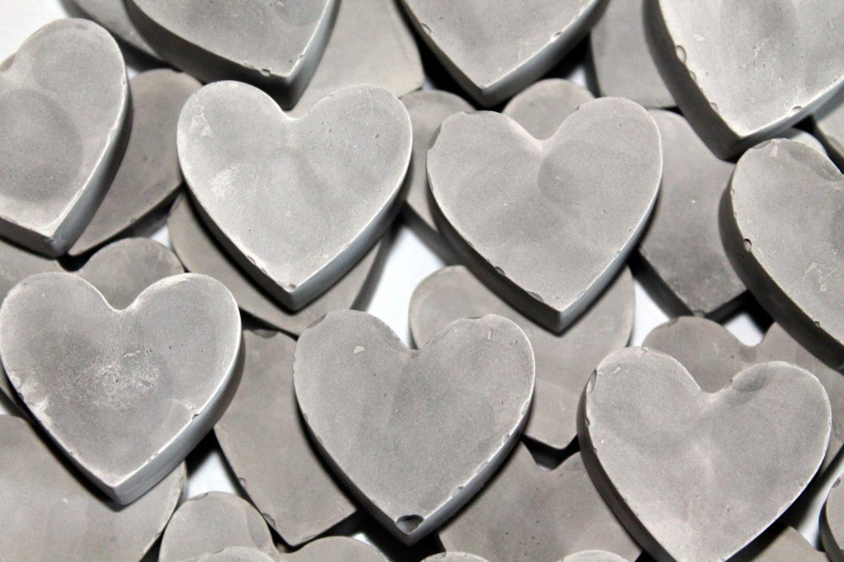 DIY Gips / Beton Herzen Streudeko einfach und schnell selber machen