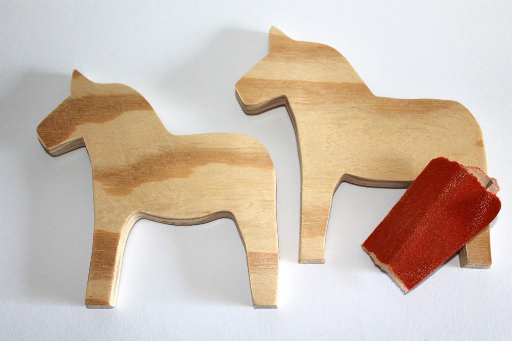 DIY, Basteln: Dalapferde Laubsägearbeit Shabby Chic aus Holz als Geschenkidee und Wohndekoration - DIYCarinchen