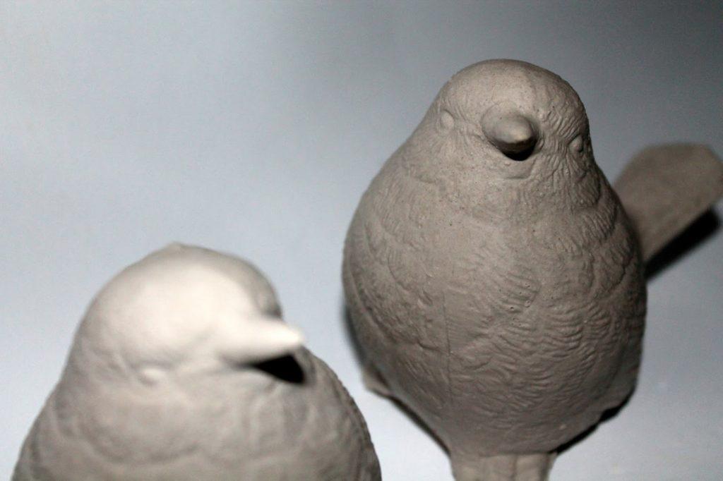 DIY, Basteln: Gips / Beton Vogel als Dekoration, Geschenk, Gartendekoration - DIYCarinchen