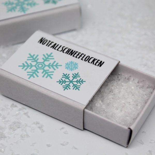 DIY super schnelles Wichtelgeschenk: Notfallschneeflocken + Vorlage gratis zum ausdrucken