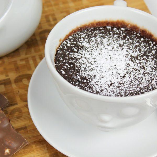 Superleckere und süße Tassenkuchen Schokobrownies für die Mikrowelle mit flüssigen Schokokern in nur 5 Minuten selbermachen!