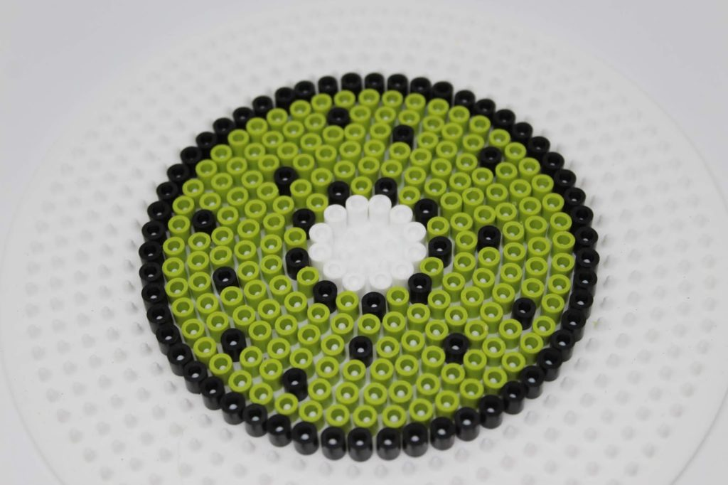 DIY Getränkeschutzdeckel aus Bügelperlen in 3 sommerlichen Motiven ganz einfach selber machen - super Wespenschutz