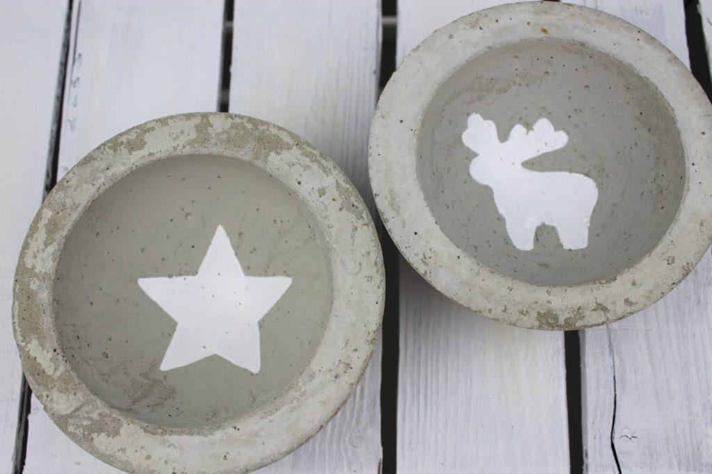 DIY Betonschale mit Motiven zu Weihnachten in wenigen Schritten selber machen - wunderschöne Weihnachtsdeko