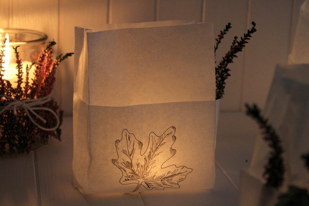 DIY- Windlichter aus Brottüten einfach basteln - schöne Herbstdeko