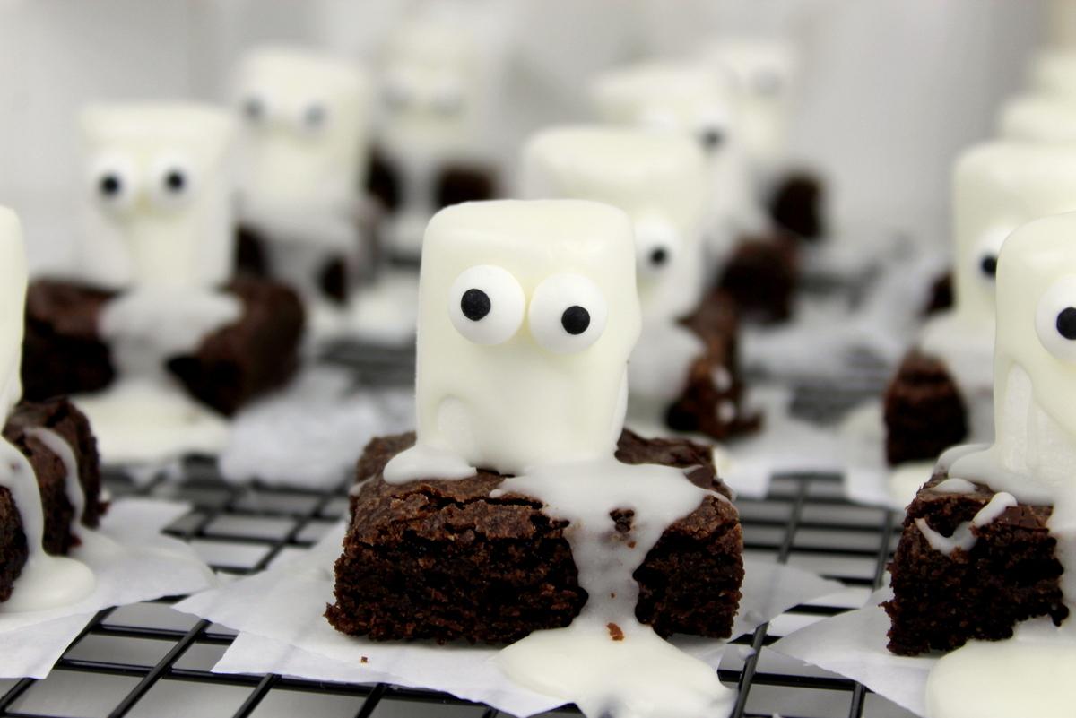 Rezept – gruselige Halloween Geister-Brownies
