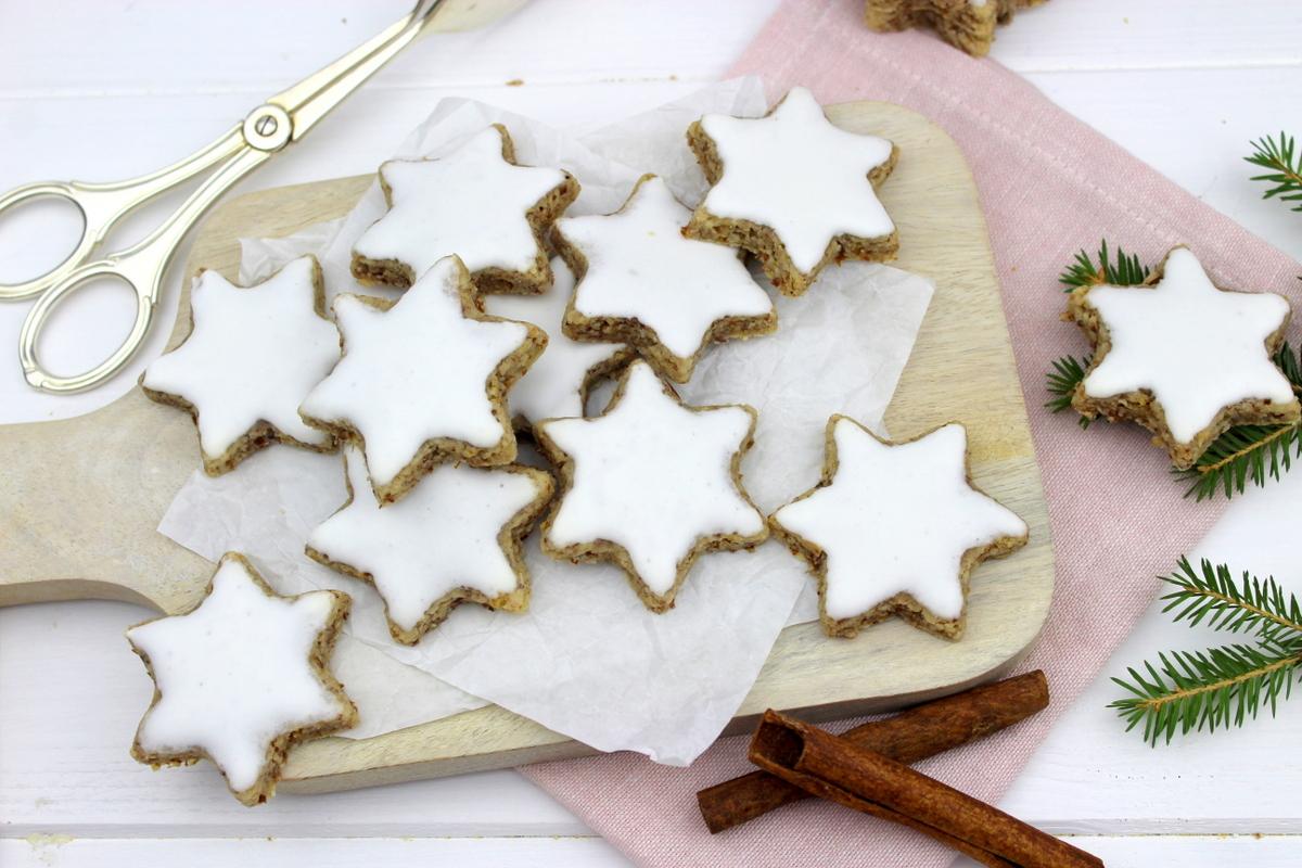 Rezept - Zimtsterne einfach selber machen - die besten Kekse zur Weihnachtszeit