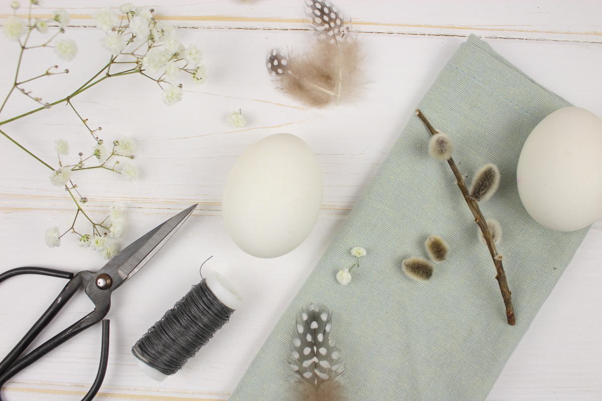DIY Hasenohren aus Metall als Deko für Ostereier