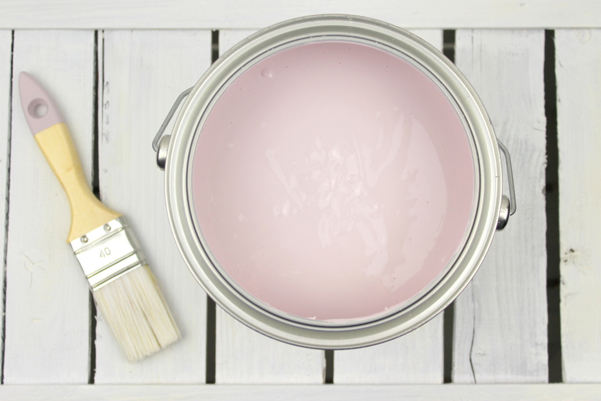 DIY Wände streichen mit Rand in rosa