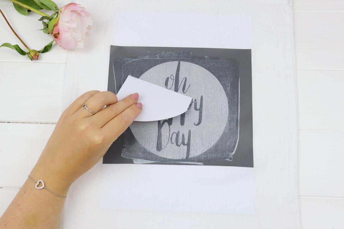 DIY selbstgemachte Siebdrucktasche mit Siebdruckschablone