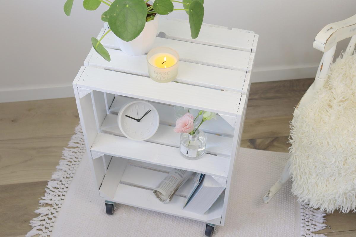 DIY Beistelltisch aus einer alten Obstkiste - Upcycling mit Farbe