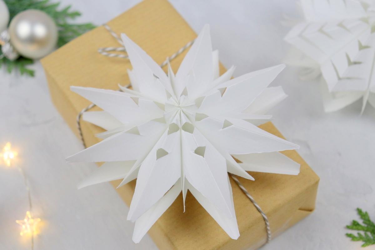 DIY - selbstgemachte mini 3D Sterne aus Papier / Brotütensterne