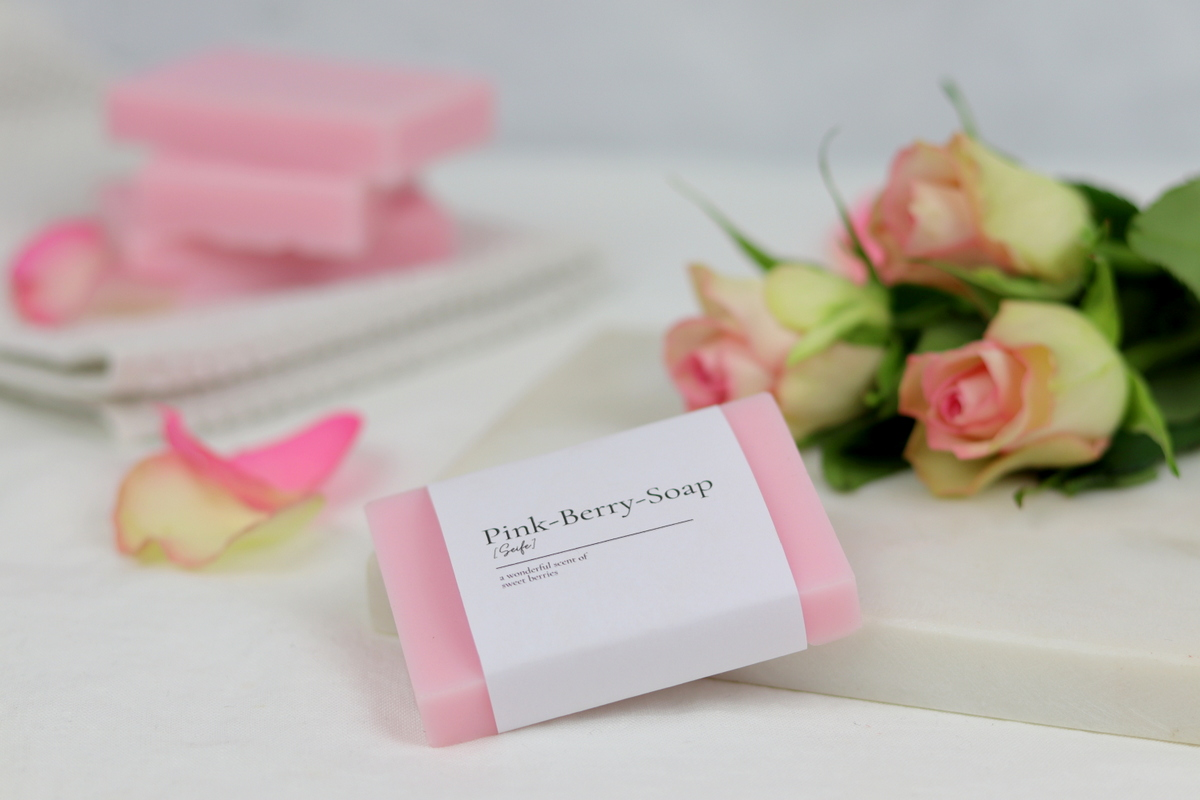 Selbstgemachte Seife (Pink-Berry-Soap)