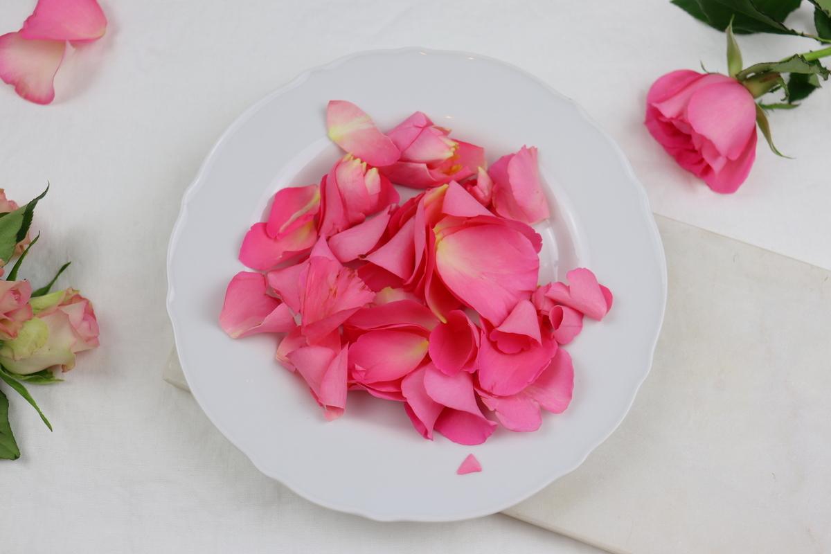 Rezept - selbstgemachter Rosenzucker