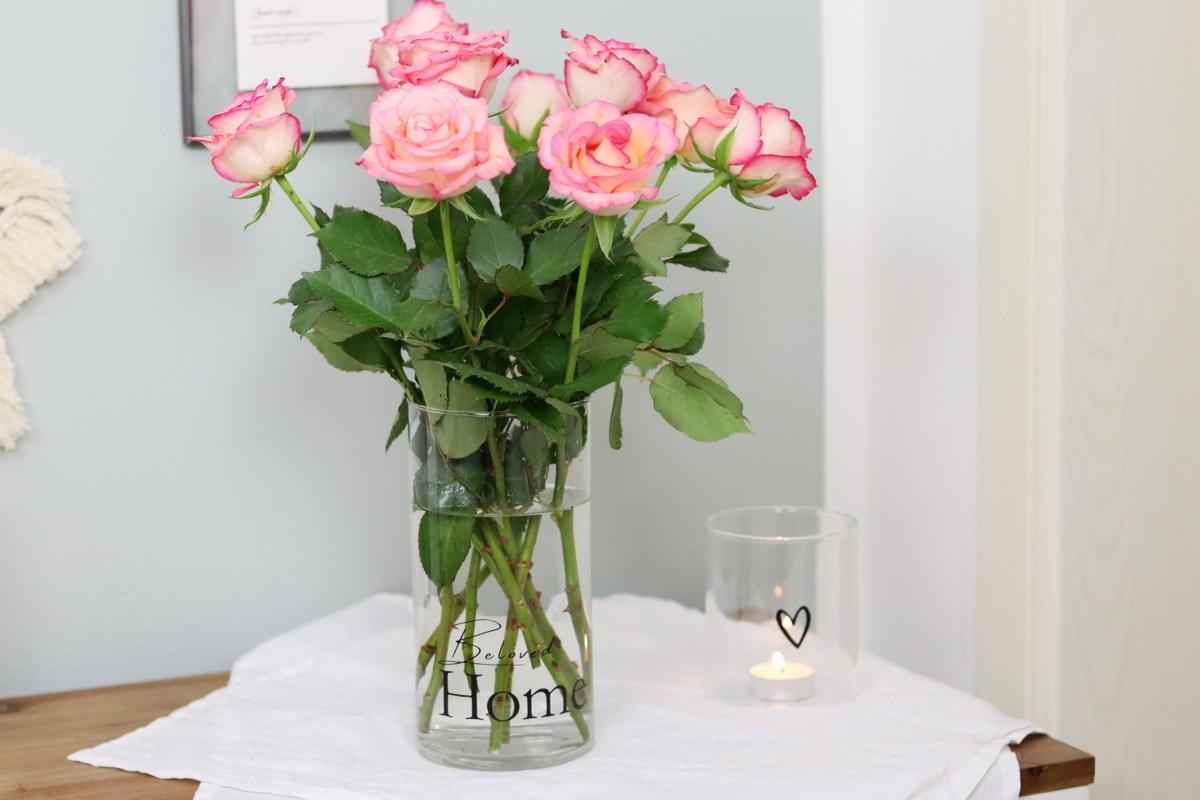 DIY Upcycling Vase mit Plotterschrift